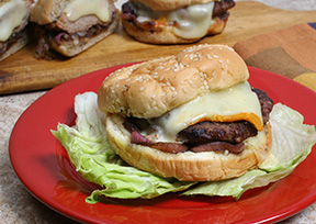 Grilled Turkey Burgers with Onion Relsih